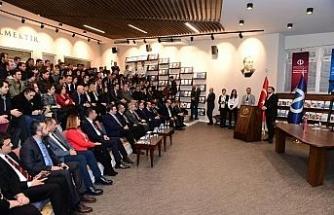 """Anadolu Üniversitesi'nde """"Türkiye'nin Dijital Dönüşümü"""" söyleşisi"""