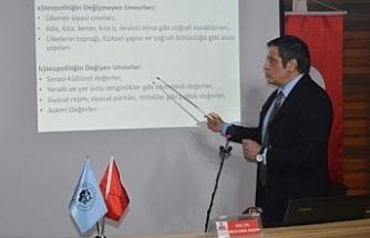 Türk Ocağı'nda 'Ülkemizin jeopolitik konumu ve Silahlı Kuvvetlerimizin ilişkisi' konferansı