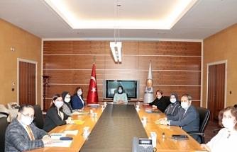 Genel Merkez toplantısına Milletvekili Prof.Dr. Emine Nur Günay da katıldı