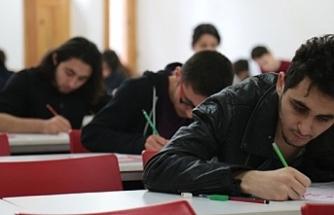 YKS'ye girecek öğrenciler dikkat! Nüfus müdürlükleri kimlik kartı başvuruları için cumartesi açık olacak