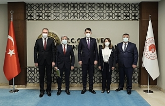 Günay 3 başkanla Bakan Kurum'u ziyaret etti