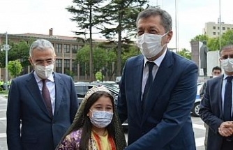 Bakan Selçuk Eskişehir'de