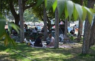 Bayramın ikinci gününde piknik alanları doldu