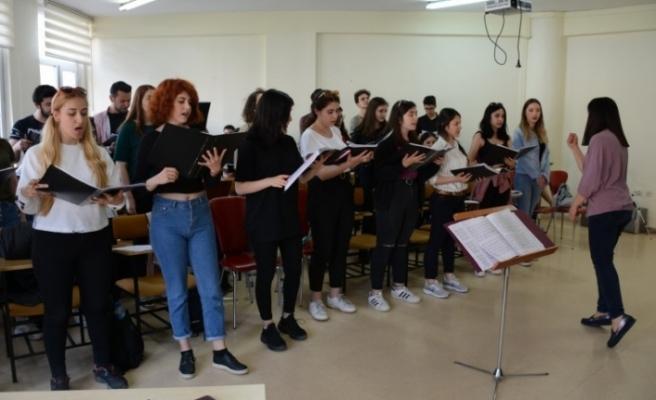 Devlet Konservatuvarı Gençlik Korosu'ndan 19 Mayıs'a özel konser