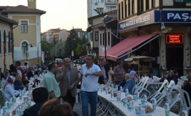 ESKENT ile Alkara ailesinden 2 bin kişilik iftar