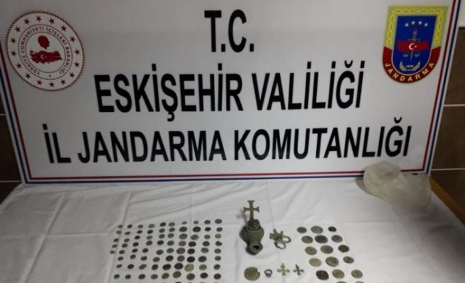 Eskişehir'de çok sayıda tarihi eser ele geçirildi