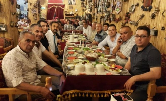 Eskişehir'de yaşayan Çeltikliler iftar sofrasında buluştular
