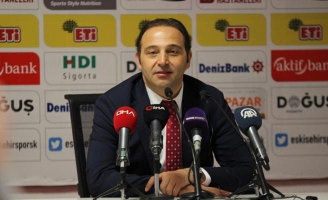 """Fuat Çapa: """"Eskişehirspor'a bugün nefes aldıran kuvvet gençleri ve taraftarıdır"""""""