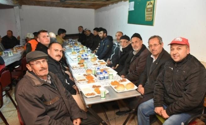 İlk iftar sofrası Yörükyayla'da kuruldu