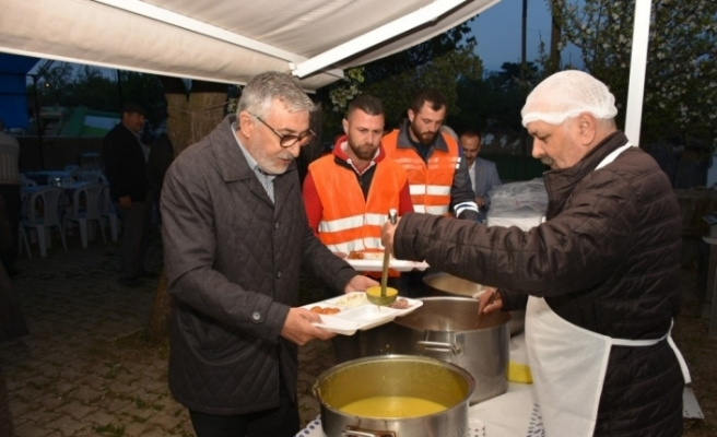 Seyitali'de mahalle iftarı