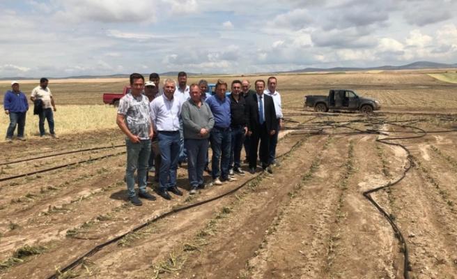 AK Parti'den mağdur çiftçilere ziyaret