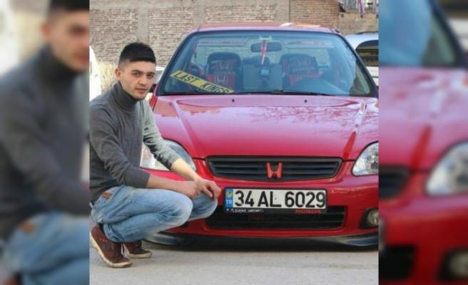 Aracında saldırıya uğrayan genç hayatını kaybetti