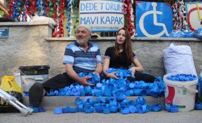 Engellilere umut olan dede ile torunun sosyal medya hesabı çalındı