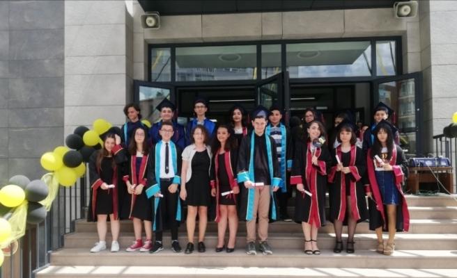 Gülay Kanatlı Ortaokulunda mezuniyet heyecanı