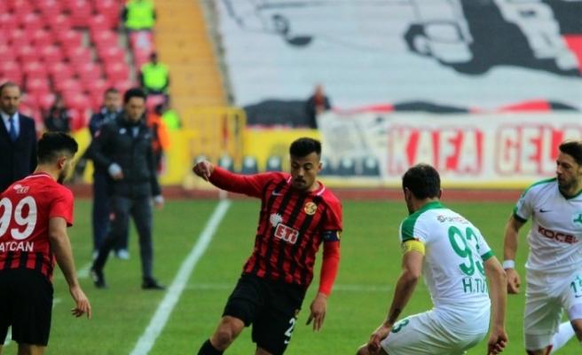 (özel) Eskişehirspor'un yıldızından transfer açıklaması