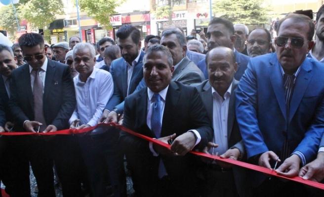 Es Ağrılılar Kültür ve Yardımlaşma Derneği'nin yeni hizmet binası açılışı gerçekleşti