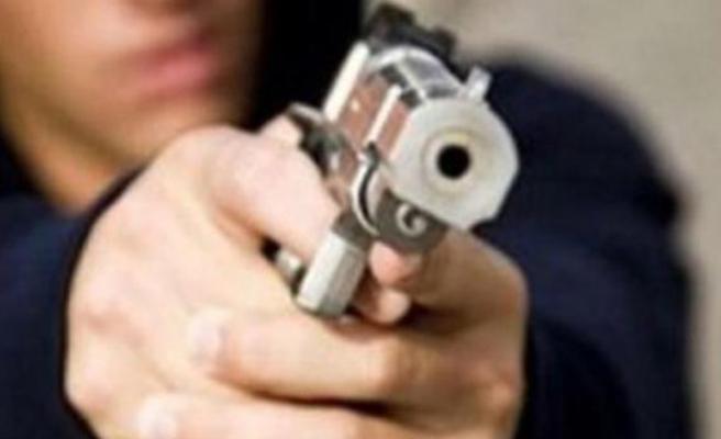 Uyuşturucu alan arkadaşların kavgasında 1 kişi vuruldu