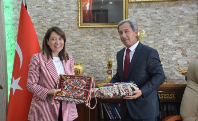 Eskişehir Milletvekili Emine Nur Günay Günyüzü'nde