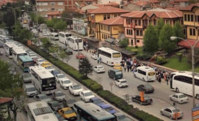 Eskişehir'de araç sayısındaki artış sürüyor
