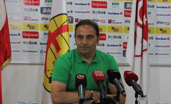 Eskişehirpor Teknik Direktörü Fuat Çapa yönetime ultimaton verdi