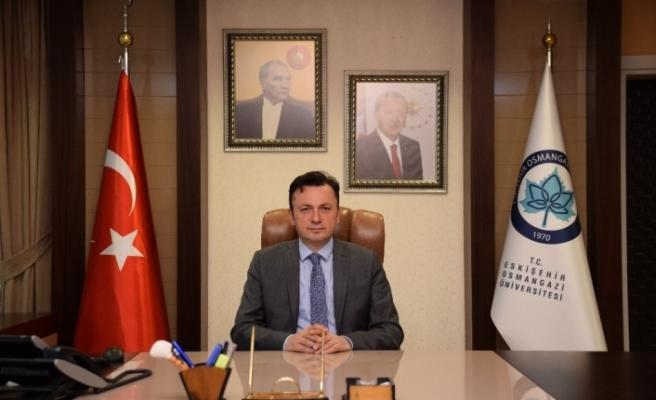 ESOGÜ Rektörü Prof. Dr. Kemal Şenocak'ın 30 Ağustos Zafer Bayramı mesajı