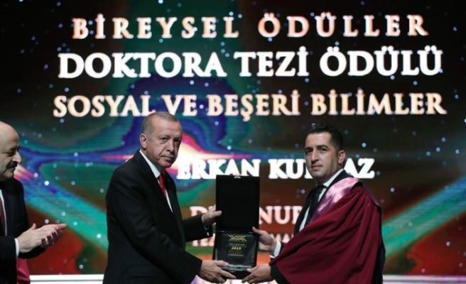 Anadolu Üniversiteli Akademisyenlere YÖK'ten üstün başarı ödülü