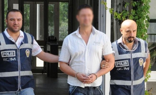 Uyuşturucu kaçakçıları tutuklandı