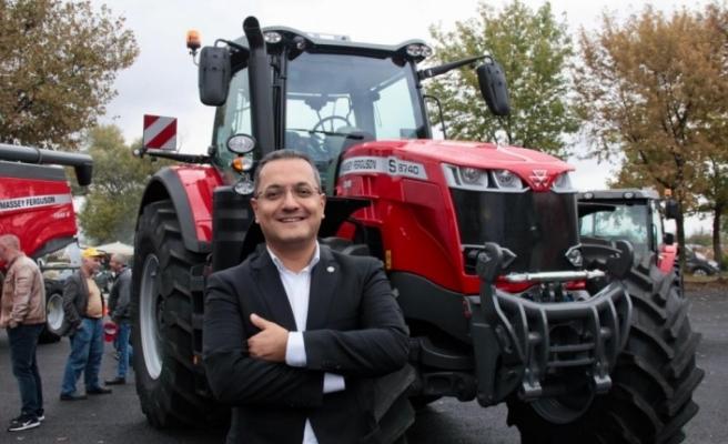 Tarım fuarında 1,5 milyon liralık traktöre ilgi