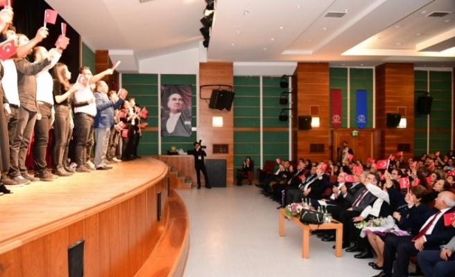 Anadolu Üniversitesinde Öğretmenler Günü kutlaması