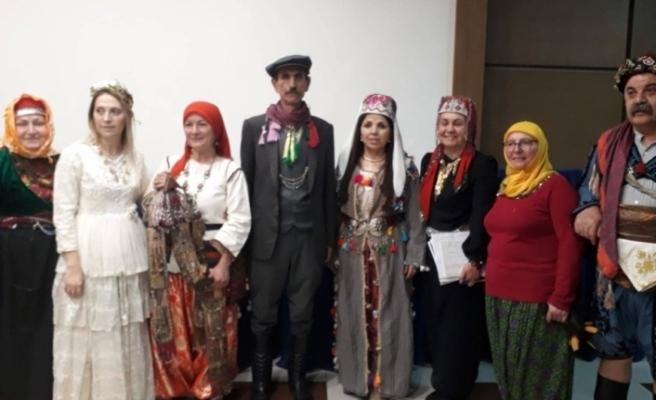 Kostümleri ile Eskişehir'i temsil ettiler