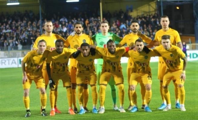 Eskişehirspor yükselişe geçti