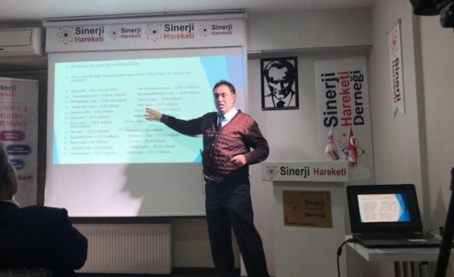 Eskişehir Anadolu Üniversitesi Öğretim Üyesi Doç. Dr. Kozak'tan, 'E-İhracatta Yerelleşme' konulu konferans