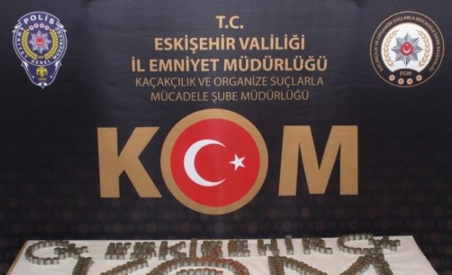 Eskişehir'de piyasaya sahte Euroyu sürmek isteyen kalpazanlar tutuklandı