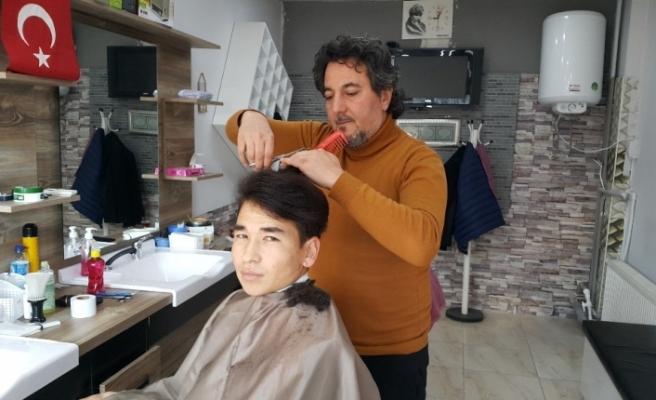 Eskişehir'de 'Şehit ve Gazi Çocuklarına' ücretsiz tıraş
