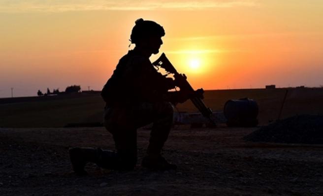 MSB: 'Komandolarımız Fırat Kalkanı bölgesine saldırı hazırlığındaki 5 teröristi etksizi hale getirdi'