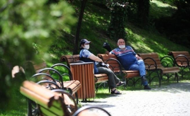 65 yaş ve üstü vatandaşlar 1 hafta aradan sonra tekrardan sokaklarda