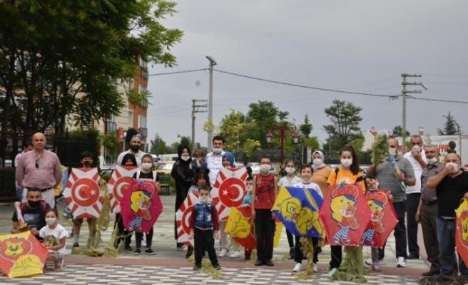 AK Parti Tepebaşı'ndan çocuklara uçurtma şenliği