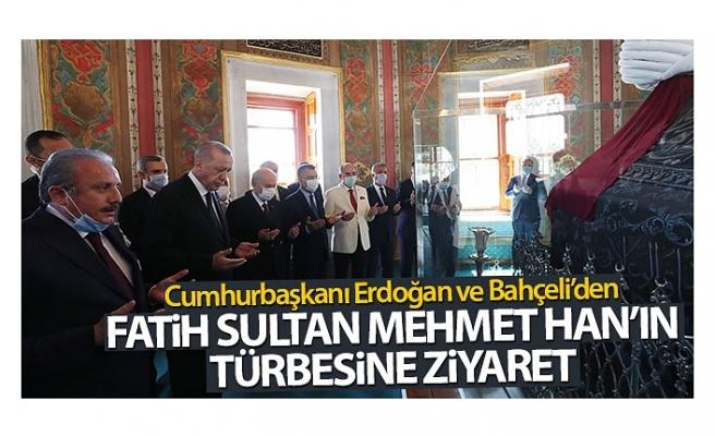 Cumhurbaşkanı Erdoğan ve Bahçeli, Fatih Sultan Mehmet Han'ın türbesini ziyaret etti