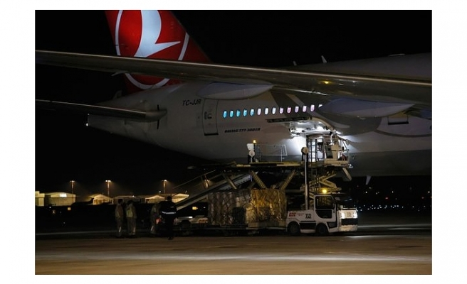 koronavirüs aşıları Türkiye'ye geldi