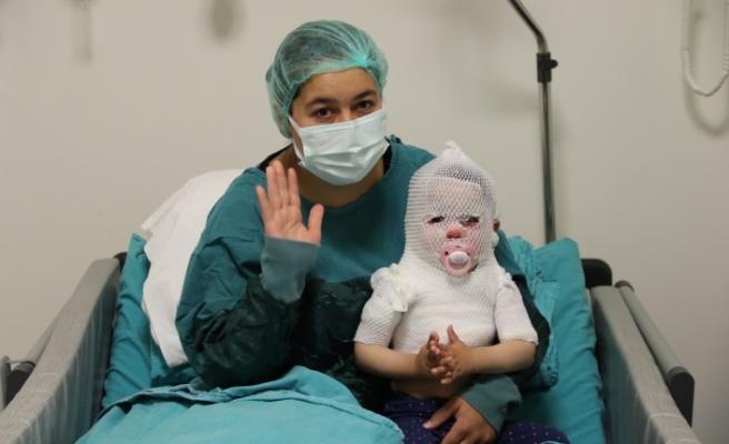 O bebek iyileşmeye başladı