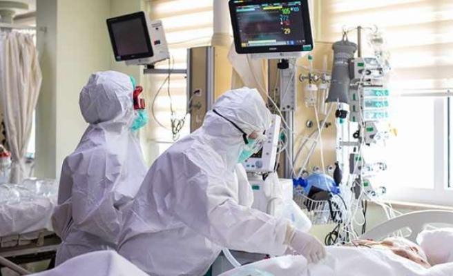 Türkiye'de koronavirüs vakası 8 binin altına düştü