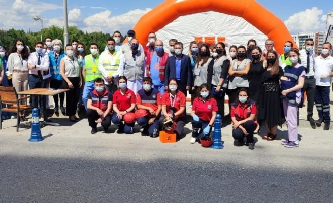 Acıbadem Eskişehir Hastanesi'nde deprem tatbikatı yapıldı