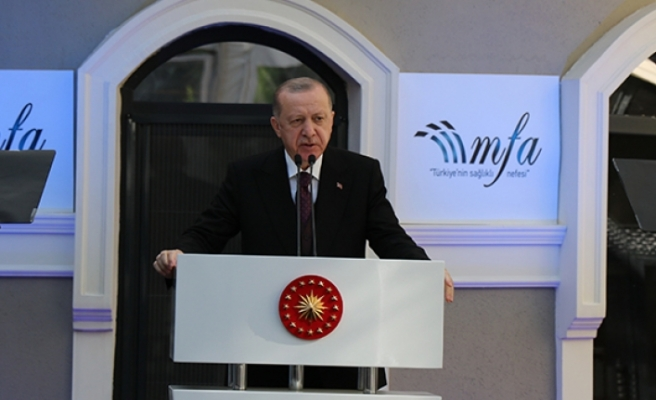 Cumhurbaşkanı Erdoğan'dan sanatçılara destek