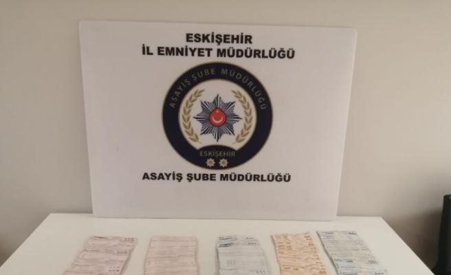 Eskişehir'de dolandırdı, polisin titiz takibi sonucu aynı gün Ankara'da yakalandı