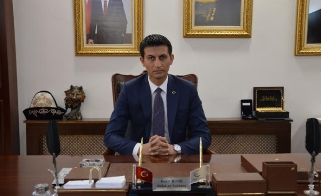 """Başkanı Kadir Bıyık, """"15 Temmuz şehitlerimizi rahmetle, gazilerimizi minnetle anıyorum"""""""