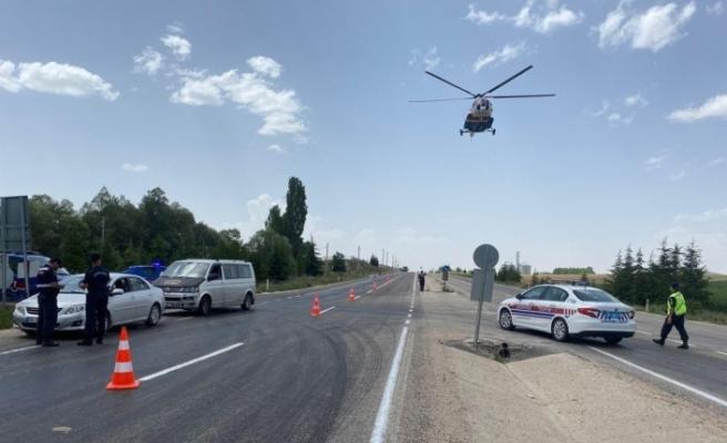 Jandarmanın havadan trafik denetimleri