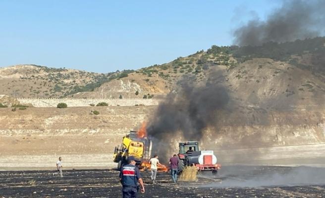 12 dönüm alana ekili buğday kül oldu