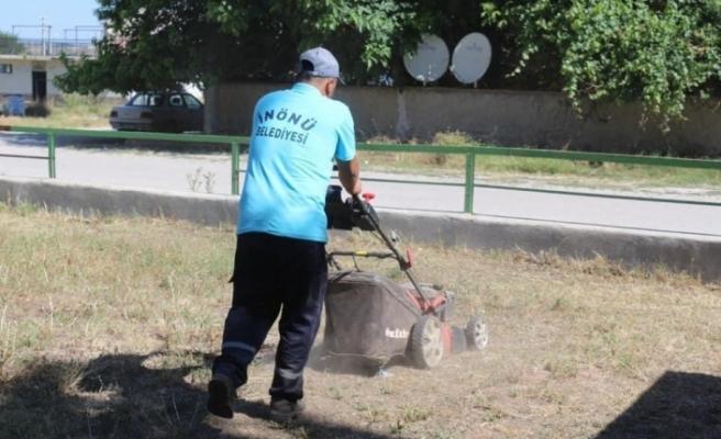 İnönü Belediyesi bakım ve temizlik çalışmalarını sürdürüyor
