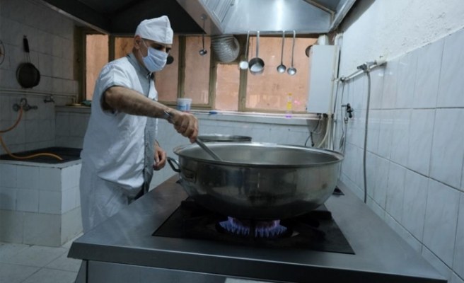 Milli Eğitim Bakanlığına, 5 bin 872 yeni aşçı ve yardımcı destek personeli ihdas edildi