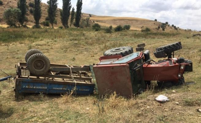 Şarampole yuvarlanan traktörde 1 kişi öldü, 3 kişi yaralandı